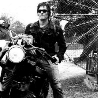 what daryl dixon listens too