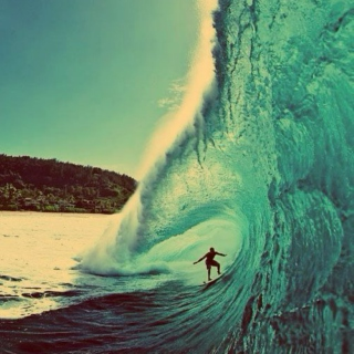Pipeline: The Legends of Surf