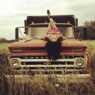 Country Girl Can Survive ♡