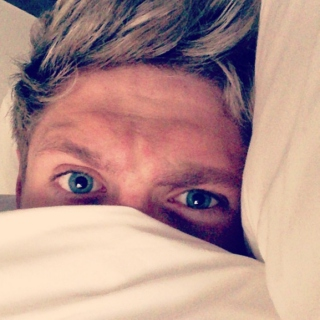 wake up with niall ☹