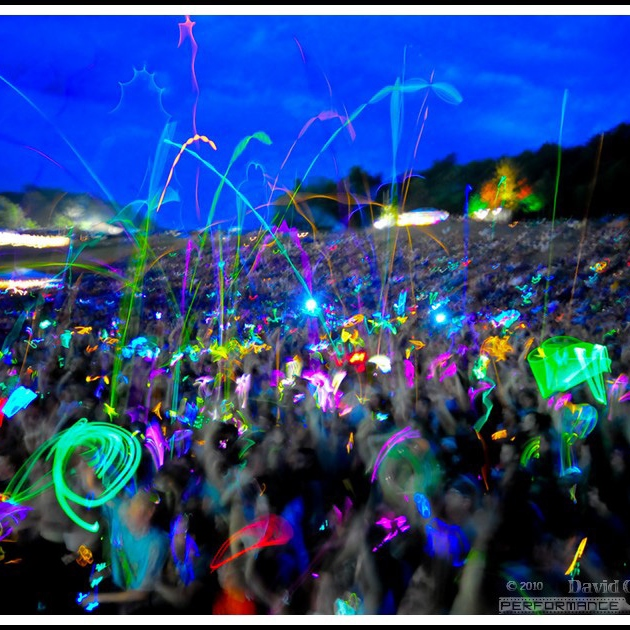 8tracks radio blacklight rave party 34 songs free for Best rave songs ever