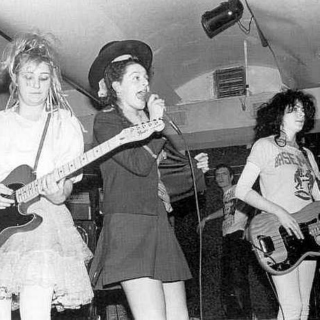 Early female-fronted punk/new wave