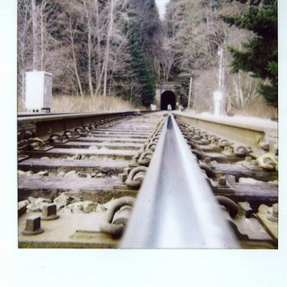 tracks to travel to