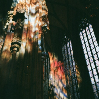 Stained Glass lights are the proof that angels often like to visit us