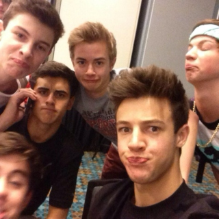 Magcon (After Hours) ☆