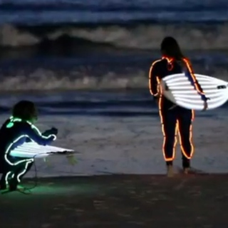 Neon Night Surf
