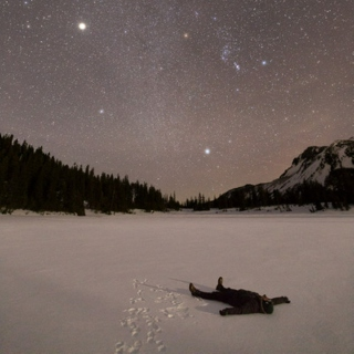 Instrumental songs (or opera) to listen under the stars.