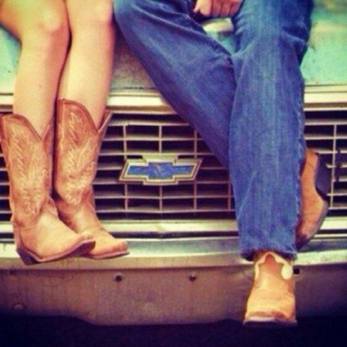 Boots & Hearts ♡