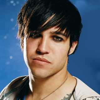 do you ever dream about pete wentz guyliner