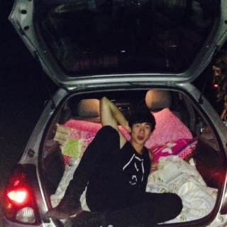 road trippin' with calum