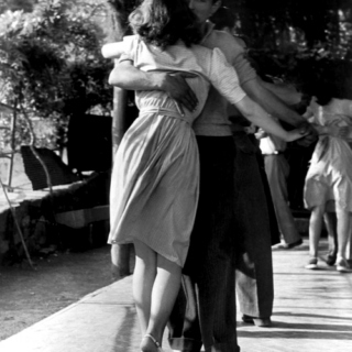 Dance with me, Baby