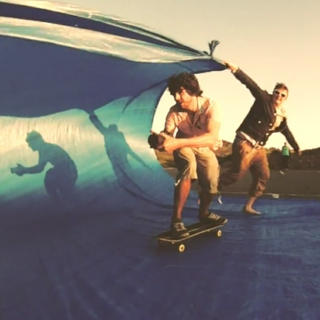 skateboard / surfing