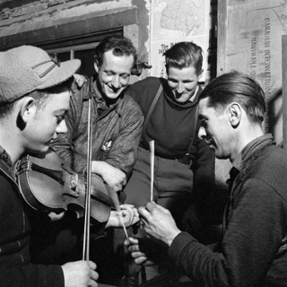 Irish and Québec's Fiddles