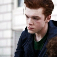 c drone defect with Gallavich Ian Gallagher on 1 further It Always Happens To The Other Guy additionally Avatar Set P5 292016164 likewise Die Geflugelte Sonne In Der Pop Okkultur likewise Sony Vaio Fit 11a Fire Risk.