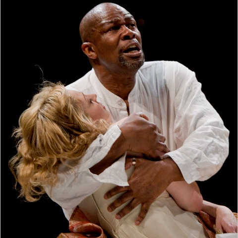 desdemona and othello In othello, shakespeare creates a powerful drama of a marriage that begins with fascination (between the exotic moor othello and the venetian lady desdemona),.