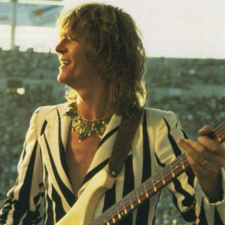 A Tribute To Chris Squire