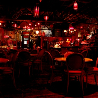 One night at the Maison Le Rouge