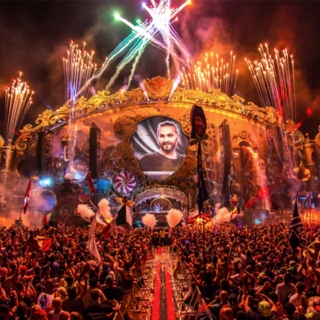 Tomorrowland meets Ultra Music Festival