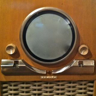 Mom's Kitchen Radio--What's good on the teevee?