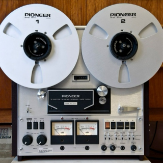 Classic and New Soul on A 2-Track Reel-to-Reel