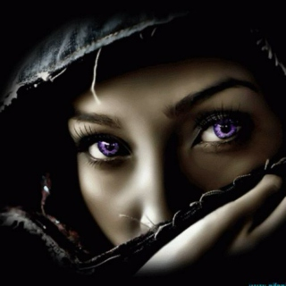 mysterious.hooded.lady