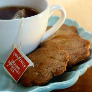 green tea & speculoos cookies