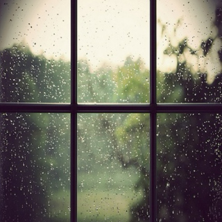 I want to cuddle while the rain is falling.