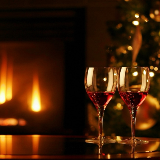 Warmth on a Winter Night (Christmas!)