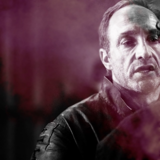 """like, give up: it's me, i win, you lose"" [a roose bolton fanmix]"