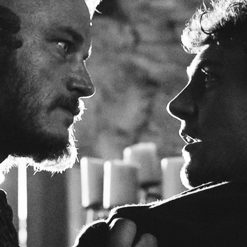 Vikings and their favourite priests (Ragnar/Athelstan)
