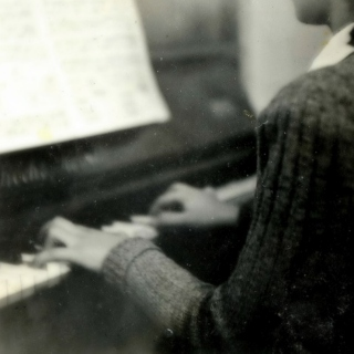 dust on the piano