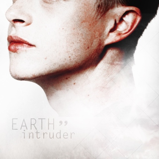 EARTH intruder ]