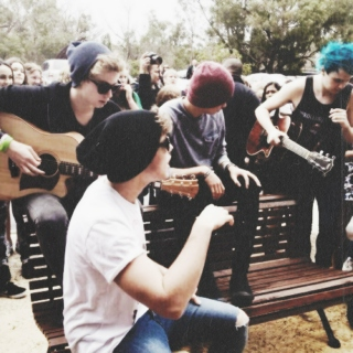 5 Seconds of Summer Acoustic Show