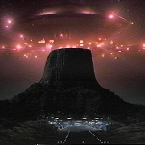 1977: Close Encounters