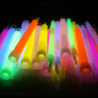 IM RIGHT BACK INTO IT! (for glowsticking)