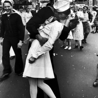 Of Days Of Sailors & Long Kisses