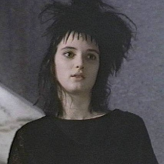 hanging out with lydia deetz