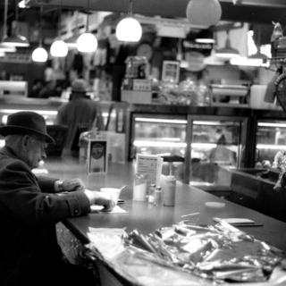 Beats and conversations at the diner
