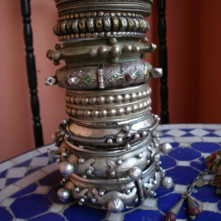 Belly Dance Intoxicants for the Tribally Inclined: August, 2011
