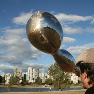 A flying saucer 2010