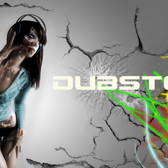 """A """"Whilst Fighting Zombie Bears"""" Dubstep Mix"""