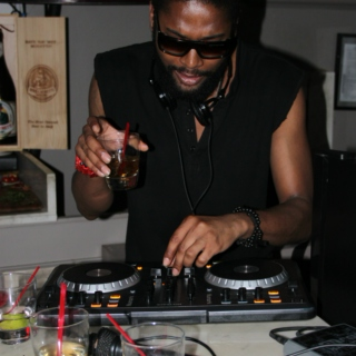Eat To The Beat - Hosted By The Hotel Specialist @ Piccola Cucina NYC ( Live Recorded Mix 6/22/12 )