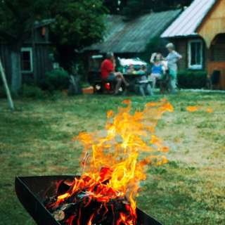 10 Songs To Ensure That You Are a Memorial Day BBQ Master