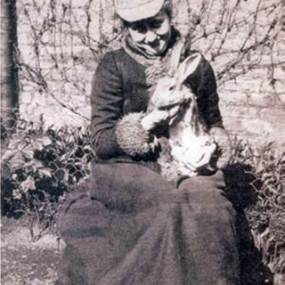 Btrxz's Beatrix Potter Loved Her Critters(The Beatrix Sessions v.II)