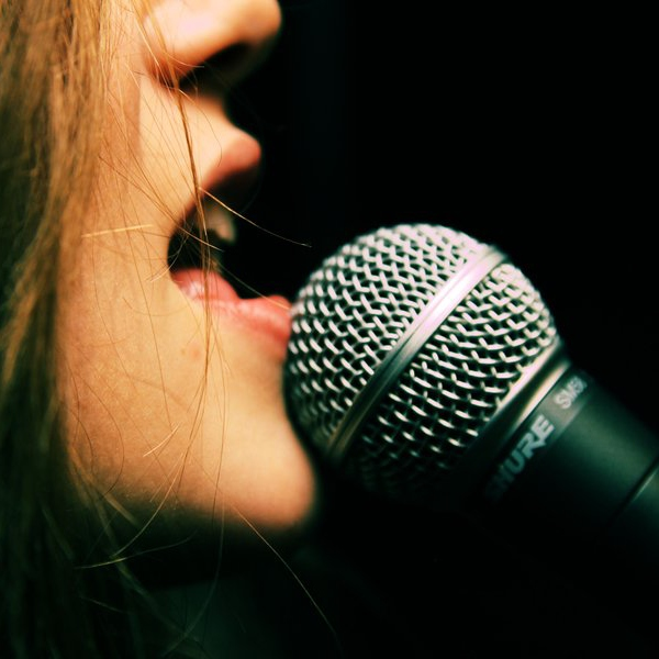 Female vocalists and Rock N' Roll