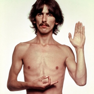 Number 9 for George [9 anos sem George Harrison]