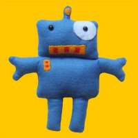 Huggable Robot 20090409