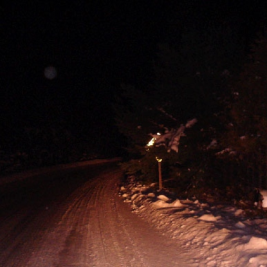 Meeting a creepy Hitchhiker in a snowstorm night drive on Hringverðurinn during Halloween...