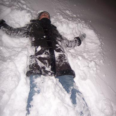I wanna play in the snow