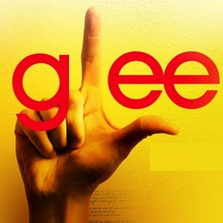 Collegemag's Glee 2011 mix